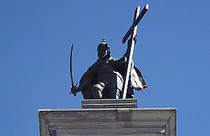 """Kolumna Zygmunta bez krzy¿a? """"To symbol religijny w przestrzeni publicznej"""""""