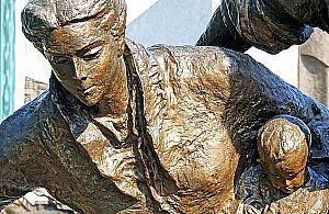 Bêdzie drugi pomnik powstania. Upamiêtni tylko kobiety
