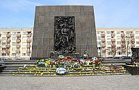 O 12.00 w Warszawie zawyj± syreny. 78 lat od powstania w getcie