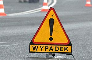 Tragiczny wypadek na Anielewicza. Motocyklista nie ¿yje, ranny 13-latek