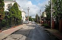 Czy na Skrzyneckiego musi byæ znak zakazuj±cy zatrzymywania siê?