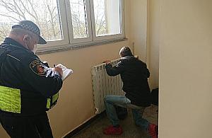 Nieletni uciekinier z domu dziecka spa³ w bloku przy Doryckiej
