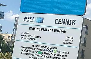 P³atne parkowanie przy Lesie Bródnowskim. To decyzja w³a¶ciciela dzia³ki
