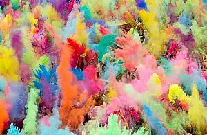 Festiwal Kolorów na Bia³o³êce. Dmuchañce, muzyka, zabawa