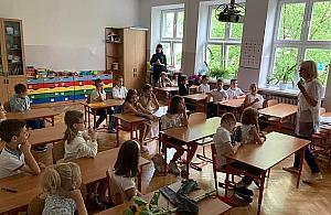 Na Targówku brakuje nauczycieli polskiego, jêzyków obcych, matematyki, a nawet religii