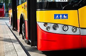 Absurdalne zachowanie kierowcy autobusu. Twierdzi³, ¿e hulajnoga wybuchnie