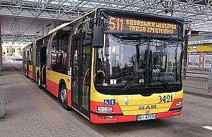 Zw꿱 Modliñsk± dla prywatnych aut. 511 pojedzie buspasem