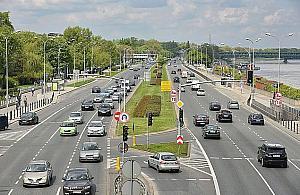 Maraton w Warszawie. Ogromne utrudnienia w niedzielê