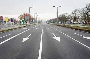 Jezdnia wyremontowana, kierowcy pêdz±. Czas na radar na Po³czyñskiej?