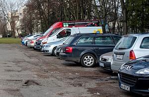 """Parking podro¿a³ do 5 z³ za dobê. Radny: """"Prymitywna zemsta Platformy"""""""